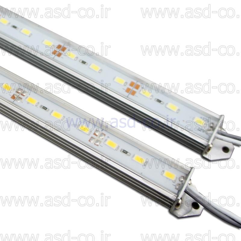 طول عمر بالای لامپ ال ای دی شاخه ای یا خطی به دلیل کیفیت بالای چیپ های SMD مورد استفاده در آن بوده و به دلیل ساختار مناسب تبادل حرارتی خوبی دارد که کاربرد آن را برای دکوراسیون و نورپردازی فضاهای مختلف توجیه پذیر می کند.